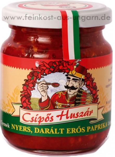 Csipös Huszár - scharfe Paprikapaste 210g   Chili Trade